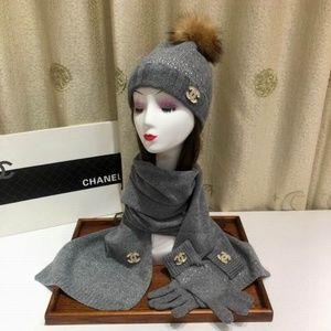 fashion scarves,beanies,gloves set